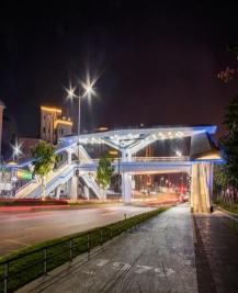 新品鉴赏 | 用线光描绘城市轮廓的美——线条轮廓灯